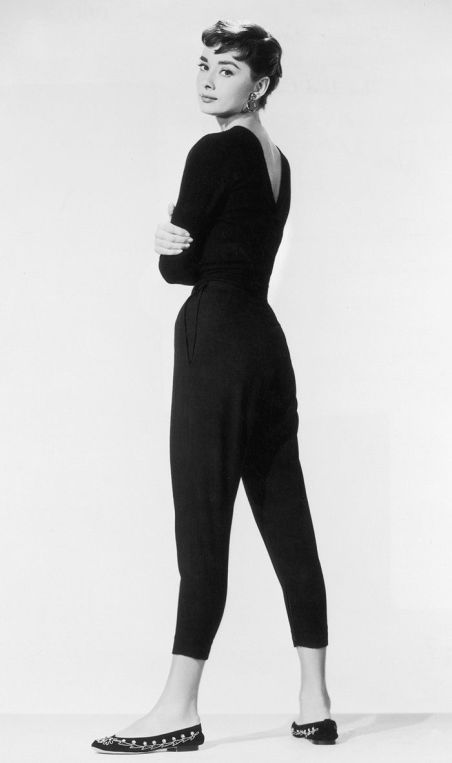 667a9282e641b2f7d7bf4ebe77f0bfb3--audrey-hepburn-inspired-outfit-audrey-hepburn-pants