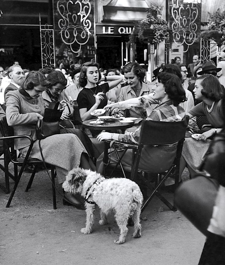 e9c367b4831b782e003d7259b40167c0--parisian-cafe-parisian-fashion