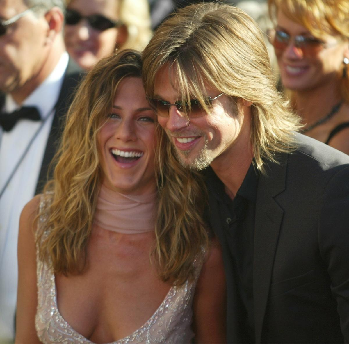 jennifer-aniston-brad-pitt-sept-2002