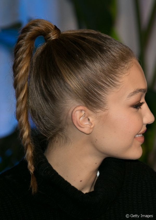 3135-90s-style-twisted-ponytail-600x845-1