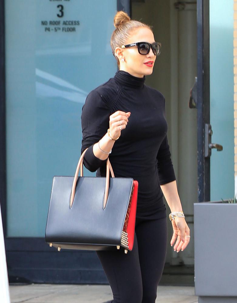 Jennifer-Lopez-Christian-Louboutin-Paloma-Bag