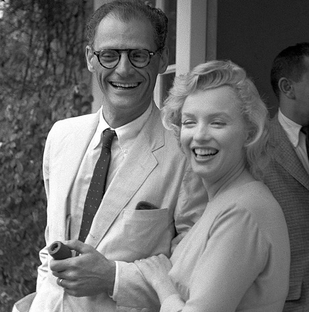 Marilyn-Monroe-with-her-husband-Arthur-Miller