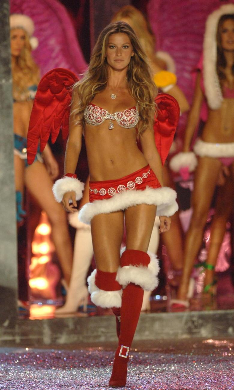 victoria-secret-fashion-show-2005