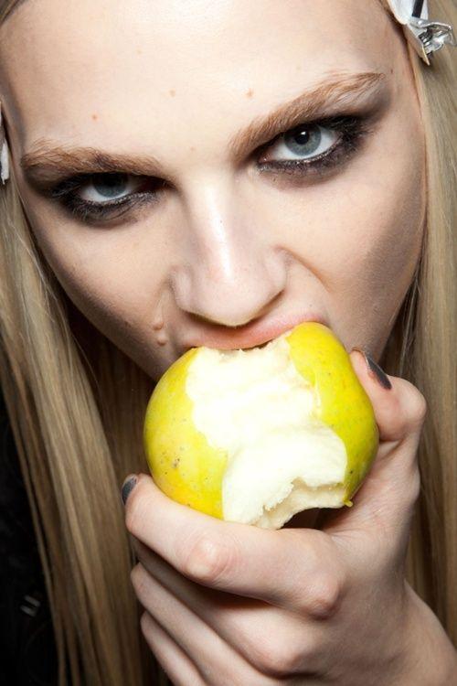 329e42f28c5cc1a376fdbbe7bc45e736--eating-healthy-healthy-life