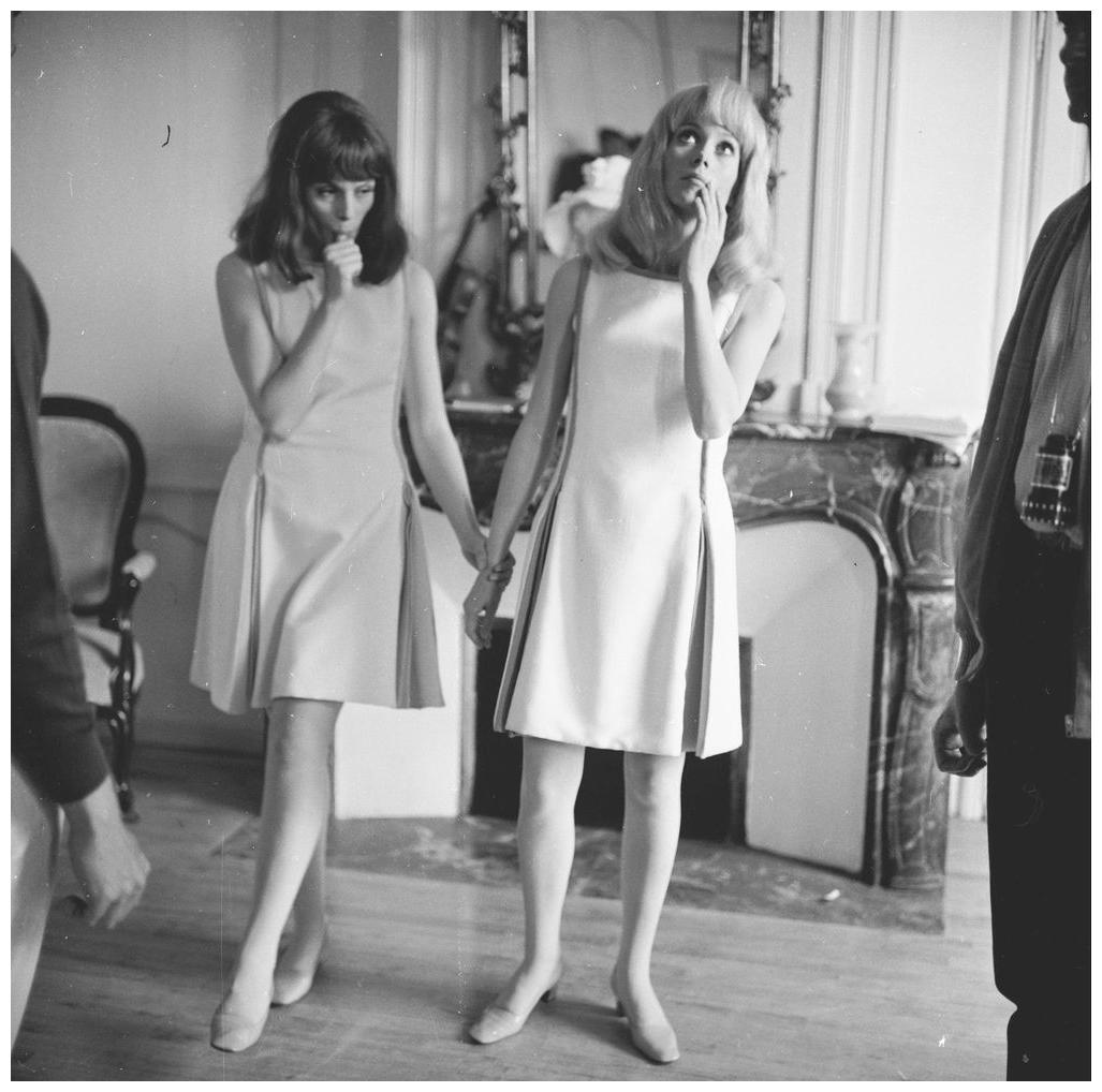 francoise-dorleac-1942-1967-bei-den-dreharbeiten-zu-22les-demoiselles-de-rochefort221966