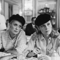 The Perfect Frenchy Autumn Style: Take Notes from Catherine Deneuve and sister Francoise Dorléac