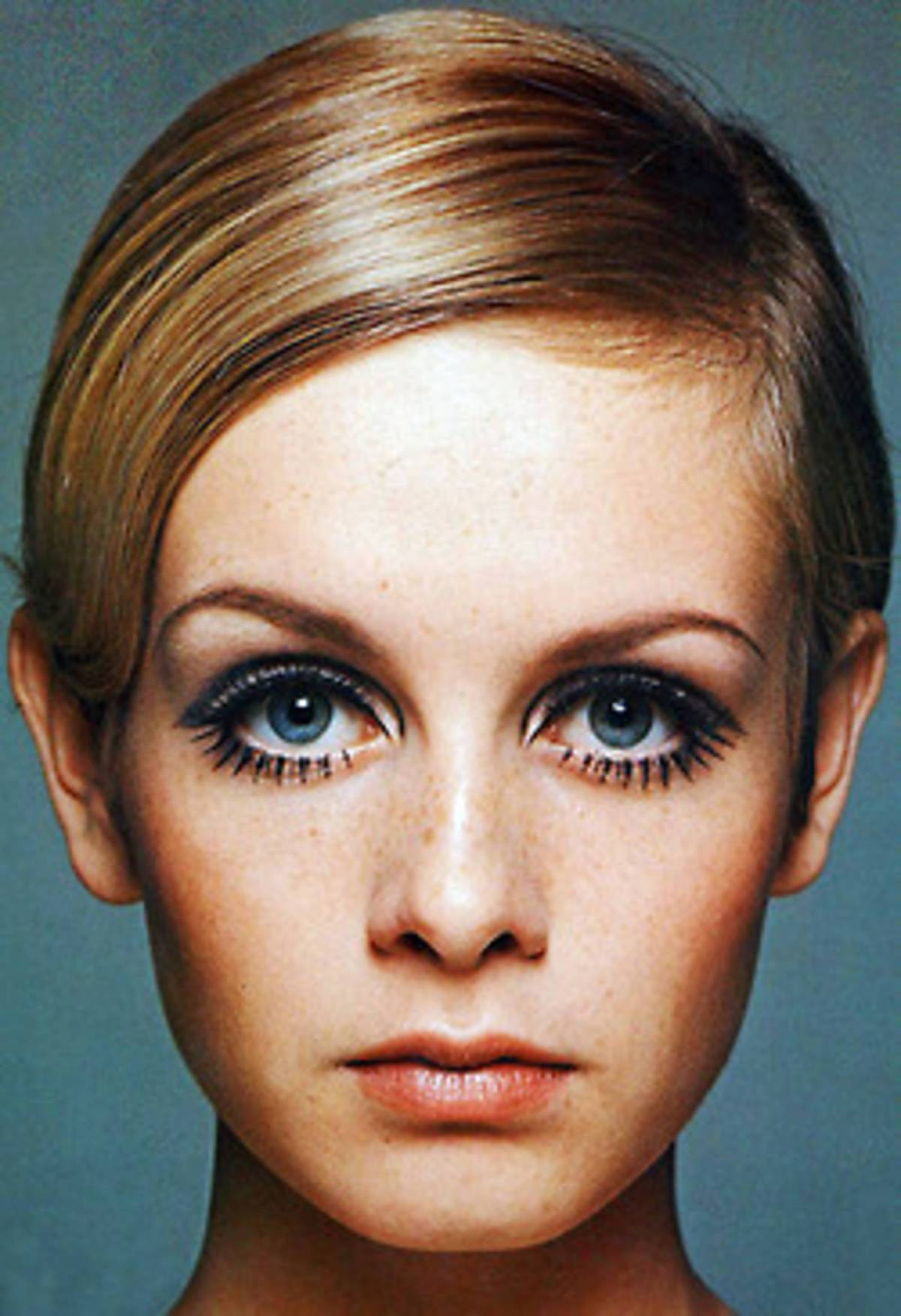 Eyebrows_Galore_0805_3