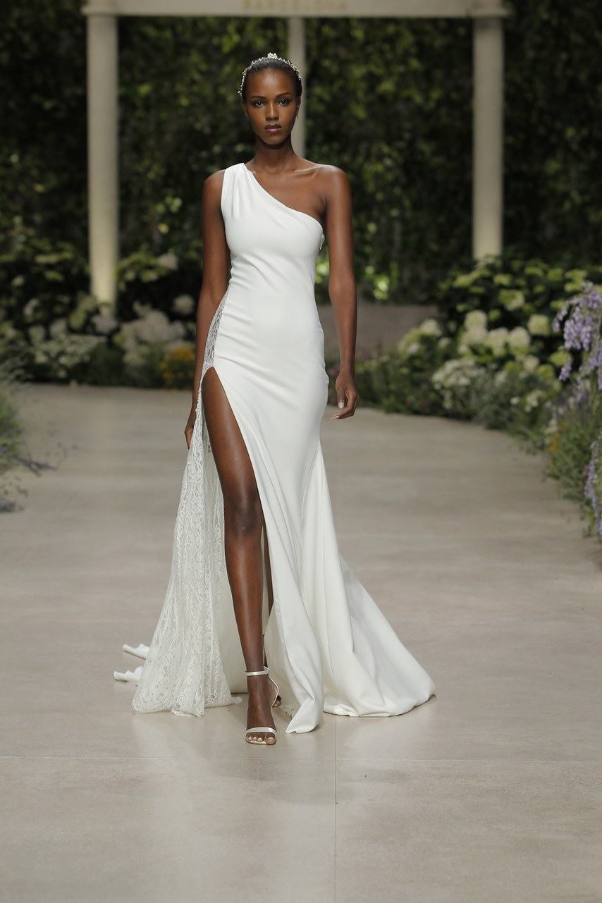 pronovias-wedding-dresses-spring-2019-005