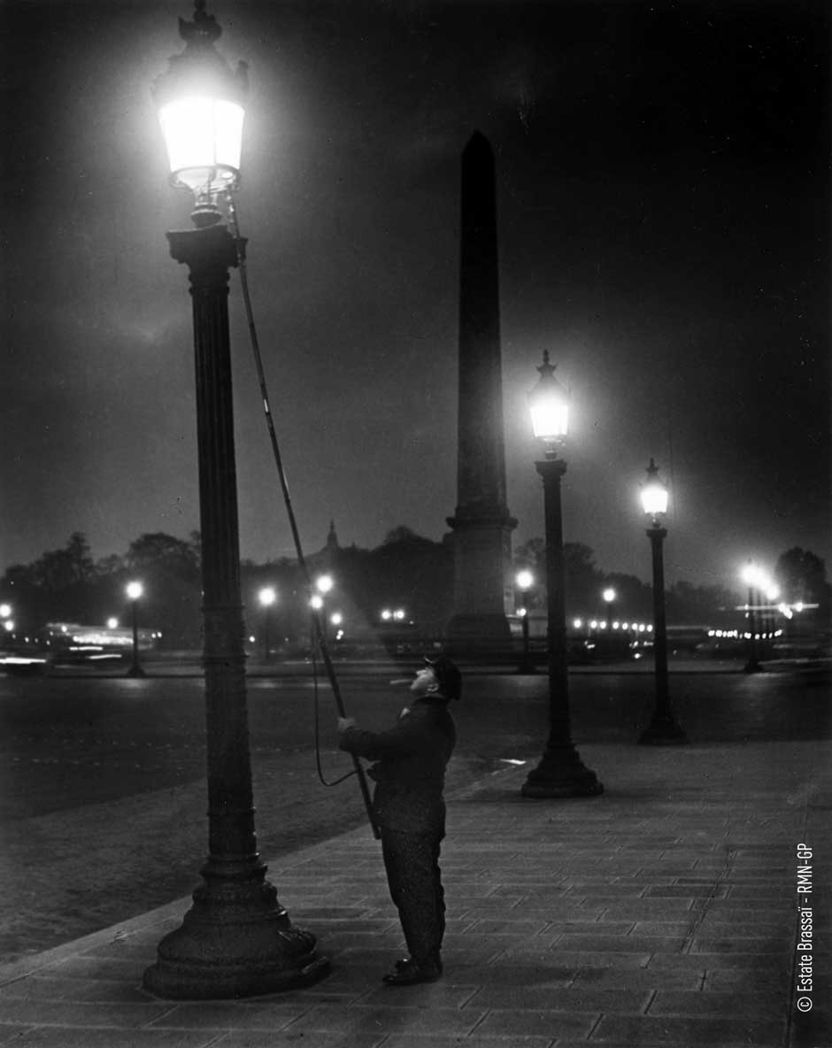 Brassai-1-lamplighter