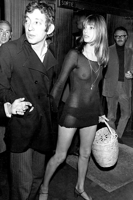 jane-birkin-y-serge-gainsbourg-1970-photo-by-bentley-archivepopperfotogetty-images