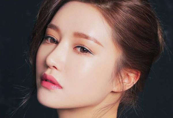 7706c4d76f South Korean Girls Want Occidental Features: Boom in Plastic Surgery
