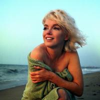The Enchanting Last Photos of an Unstyled Marilyn Monroe